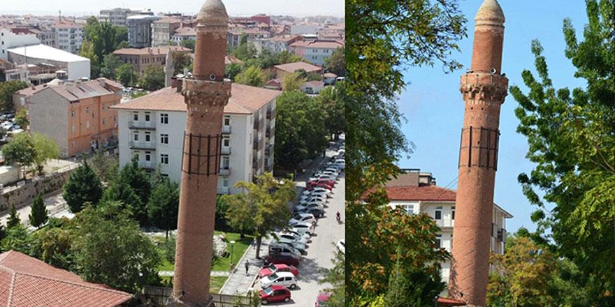 Aksaray'da Pisa kulesi gibi 'eğri minare' araştırması başlatıldı