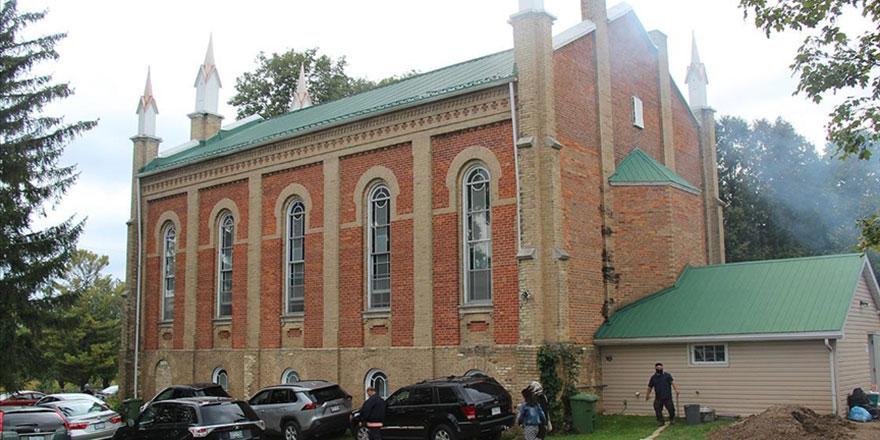 148 yıllık kilise camiye dönüştü, papaz memnun oldu