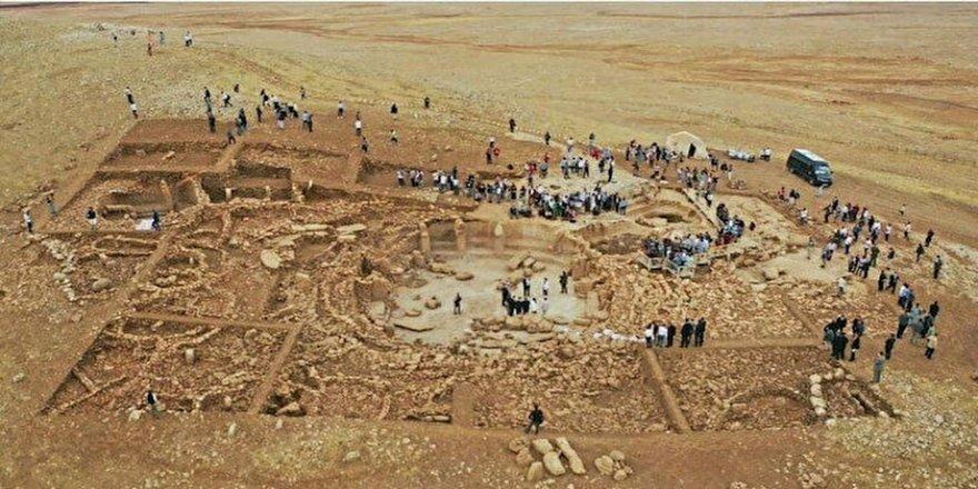 Göbeklitepe'den daha eski: Karahantepe kapılarını dünyaya açtı