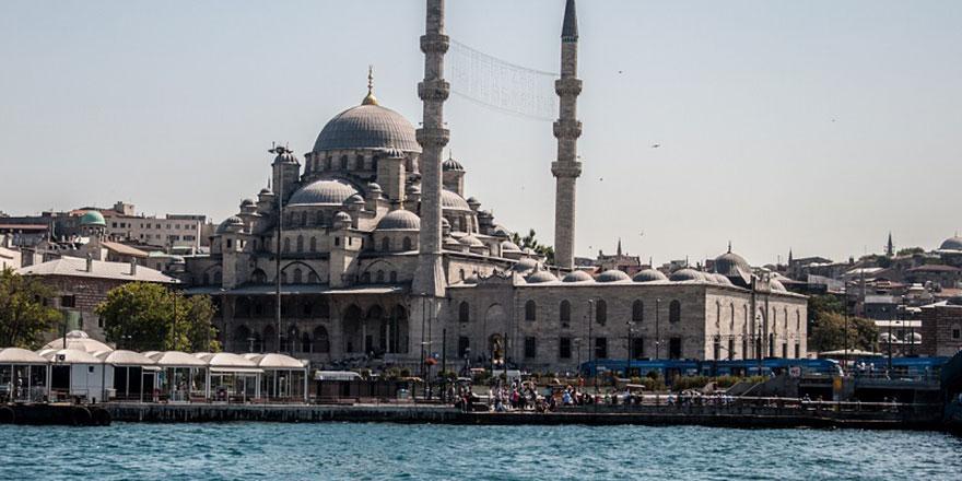 Yeni Cami, tarihinin en kapsamlı restorasyonundan geçiyor