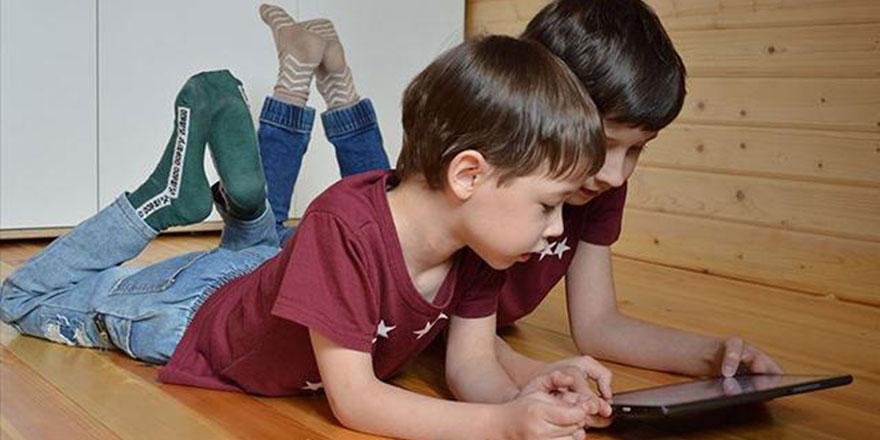 Uzmanlardan ailelere uyarı: Çocuğunuzun sosyal medyasını kontrol edin