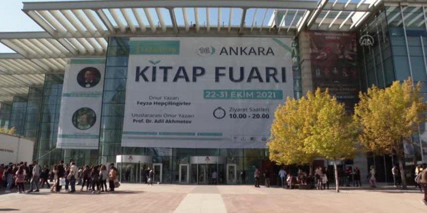 Ankara Kitap Fuarı hafta sonu 90 bini aşkın ziyaretçi ağırladı
