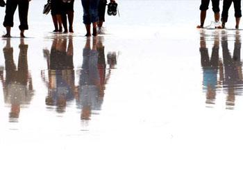 Tuz Gölü'nde yürüme turizmi
