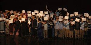 Sivas'ta 194 ortaokul öğrencisi Osmanlıca kursunu tamamladı