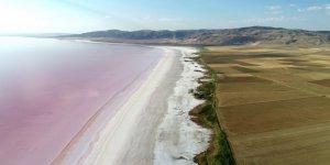 Tuz Gölü'nde tefekkürlük manzaralar