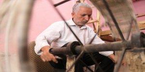 Siirt'in meşhur tiftik battaniyesine 50 yılını verdi