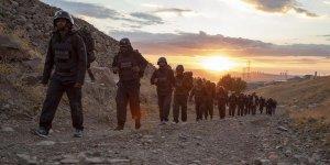 AA, TİKA ve Polis Akademisinin zorlu savaş muhabiri eğitimleri sürüyor