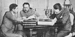 Reşit Galip, Yahudi okulunda okudu, 'andımız'ı yazdı, Ezanı Türkçeleştirdi