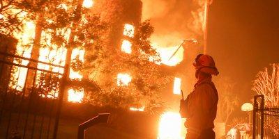 Amerika eyaletindeki yangın söndürülemiyor: 56 ölü
