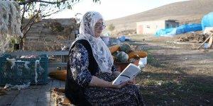 Şehirden köye göç etti okumayı keşfetti