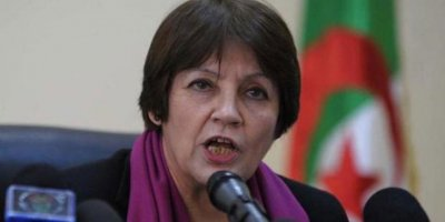 Müslüman Cezayir'in eğitim bakanı: Namazın okulda yeri yok!