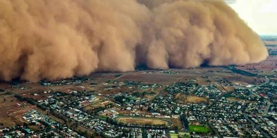 Avustralya'da yeni musibet: Yangın ve selden sonra şimdi de toz fırtınası
