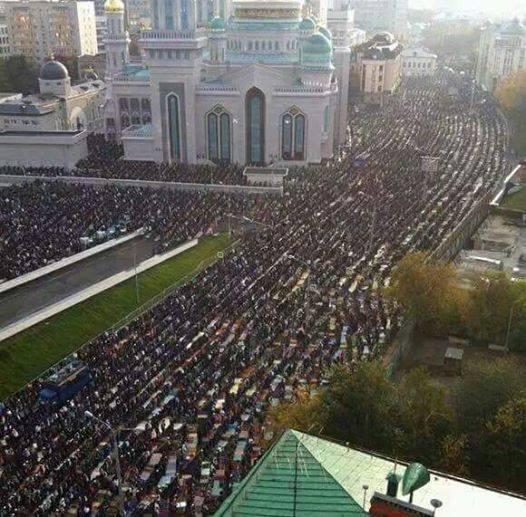 20150929-eyup-otman-moskovada-cami-1.jpg
