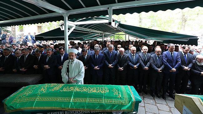 abdullah_gul_baba_cenaze2.jpg