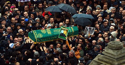 birand_cenaze.jpg