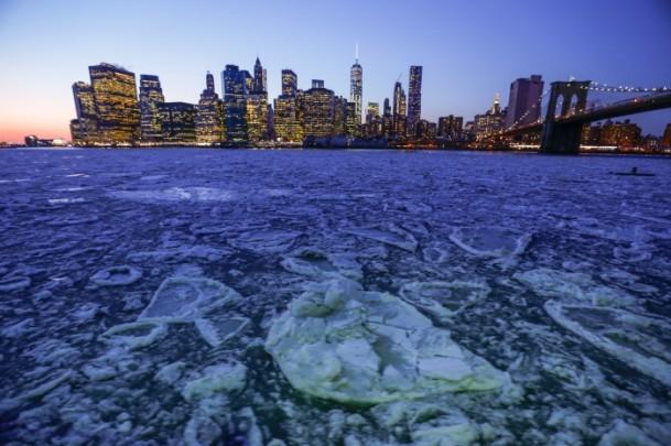 east-river-new-york-3.jpg